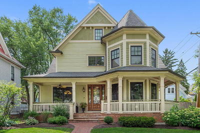 Downers Grove Single Family Home For Sale: 5128 Benton Avenue