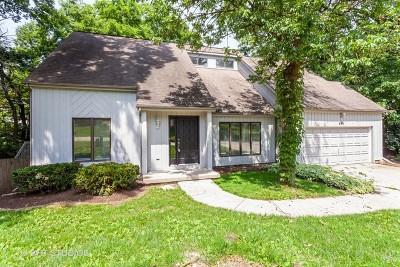 Bolingbrook Single Family Home For Sale: 833 Bonnie Brae Lane