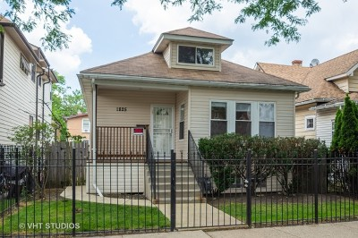 Single Family Home For Sale: 1825 Lyons Street