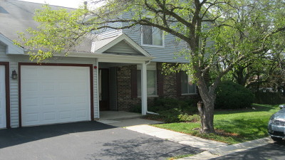Woodridge Condo/Townhouse For Sale: 7010 Barrington Court #102