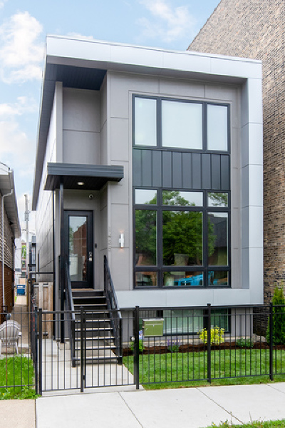Chicago Single Family Home For Sale: 1435 North Fairfield Avenue