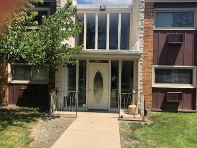 Lombard Condo/Townhouse For Sale: 120 B Collen Drive #114