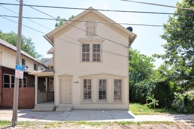 Elgin Single Family Home For Sale: 305 East Chicago Street