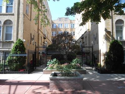 Condo/Townhouse New: 846 West Ainslie Street #P2