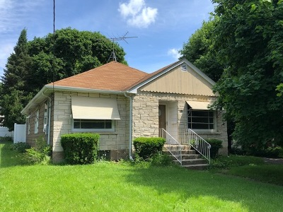 Crystal Lake Single Family Home For Sale: 108 East Terra Cotta Avenue