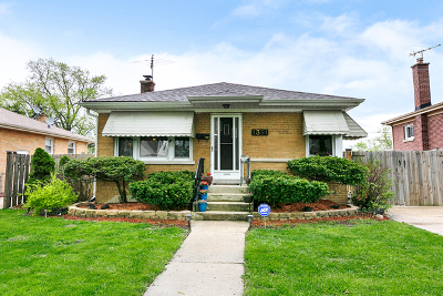 Westchester Single Family Home For Sale: 1351 Heidorn Avenue