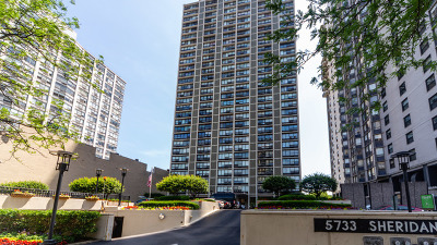 Condo/Townhouse For Sale: 5733 North Sheridan Road #3A