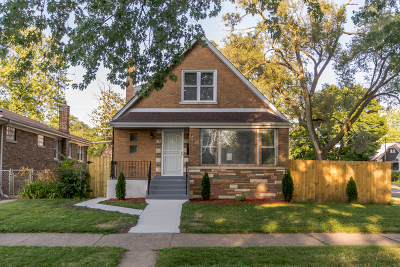 Chicago Single Family Home For Sale: 10359 South Wallace Street