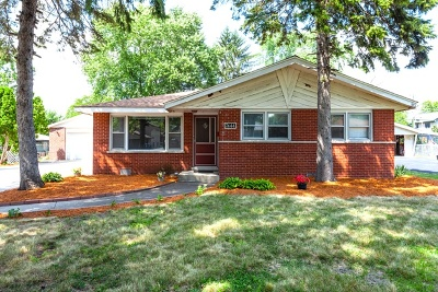 Worth Single Family Home For Sale: 7444 West 109th Place