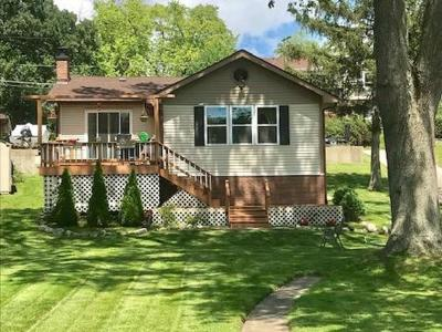 Lake Villa Single Family Home For Sale: 24991 West Forest Drive