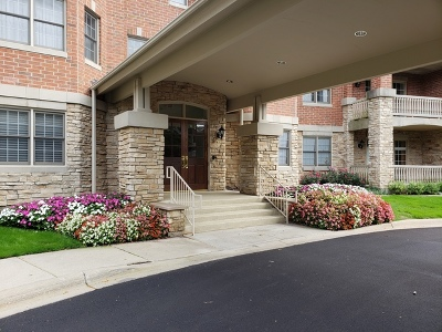 Highland Park Condo/Townhouse For Sale: 940 Augusta Way #114