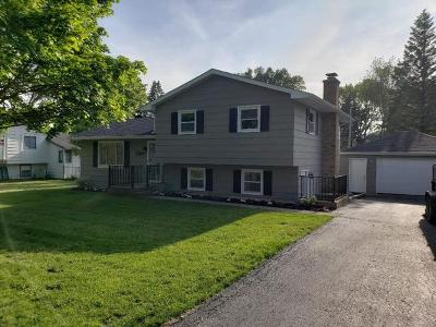 Antioch Single Family Home Contingent: 250 Oakwood Drive