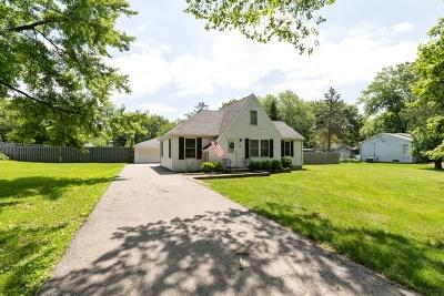 New Lenox Single Family Home Price Change: 820 South Cedar Road