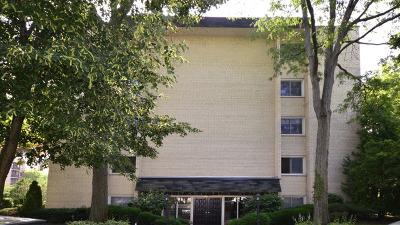 Morton Grove Condo/Townhouse For Sale: 8650 Ferris Avenue #207