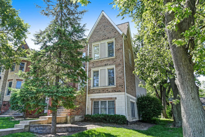 Westmont Condo/Townhouse New: 119 West Quincy Street