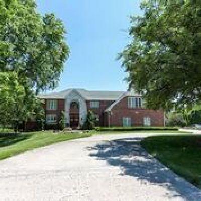 Burr Ridge Single Family Home New: 7925 Creekwood Drive