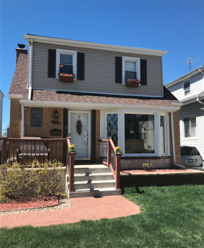 Elmwood Park Single Family Home For Sale: 2826 North 74th Avenue