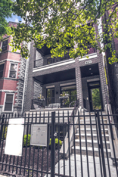 Condo/Townhouse New: 863 West Wrightwood Avenue #3