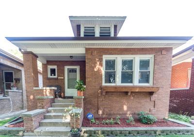 Single Family Home For Sale: 5941 North Talman Avenue