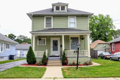 Elgin Single Family Home For Sale: 423 Griswold Street