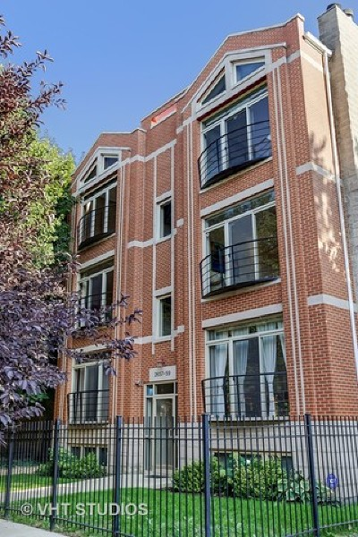 Cook County Condo/Townhouse New: 2657 West Thomas Street #2E