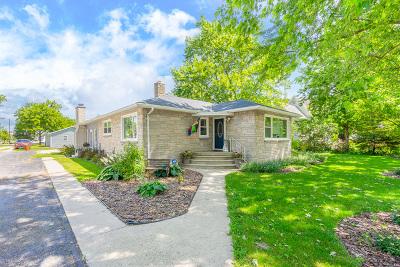 Gardner Single Family Home For Sale: 211 East Main Street
