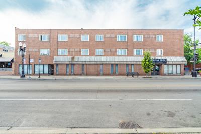 Condo/Townhouse For Sale: 6400 North Sacramento Avenue #203