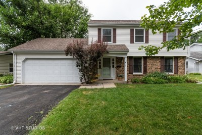 Geneva Single Family Home For Sale: 414 Greenfield Circle