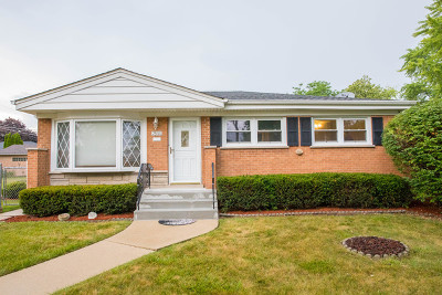 Morton Grove Single Family Home New: 7500 Beckwith Road
