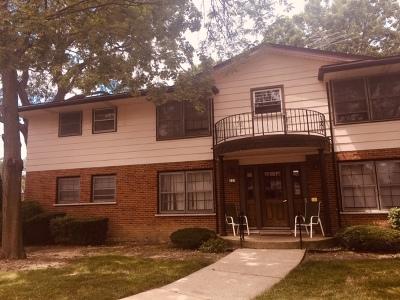 Elk Grove Village Condo/Townhouse Re-Activated: 223 Washington Square #A