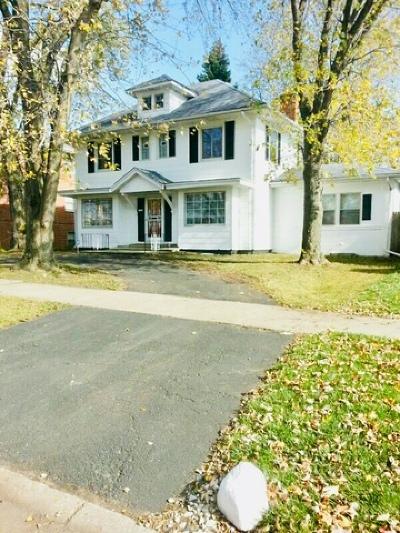 Single Family Home New: 15023 University Avenue