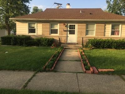 Morton Grove Single Family Home For Sale: 9527 Sayre Avenue