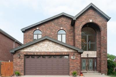 Morton Grove Single Family Home For Sale: 8333 Menard Avenue