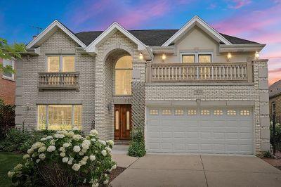 Skokie Single Family Home For Sale: 7845 Kolmar Avenue