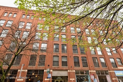 Condo/Townhouse New: 225 West Huron Street #309