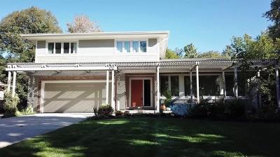 Libertyville Single Family Home For Sale: 1212 Crane Boulevard
