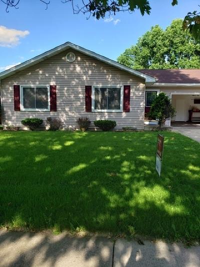 Kane County Single Family Home New: 201 Larchwood Lane