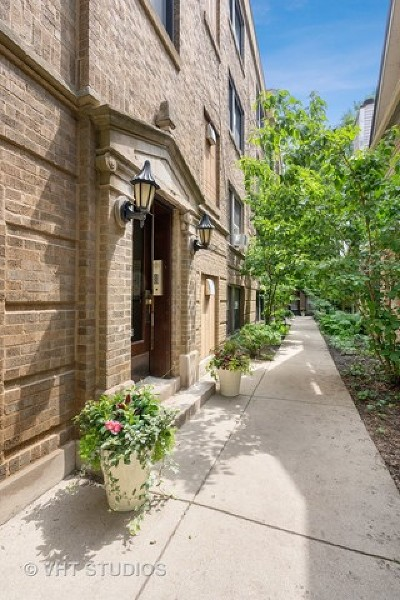 Chicago Condo/Townhouse New: 1931 North Howe Street #3E