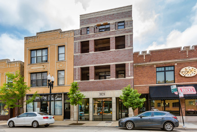 Chicago, Aurora, Elgin, Hammond, Joliet, Kenosha, Michigan City, Naperville Condo/Townhouse New: 3828 North Lincoln Avenue #4