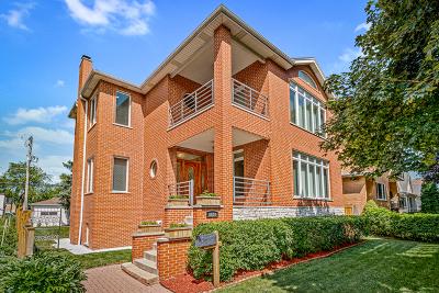Morton Grove Single Family Home For Sale: 8530 Fernald Avenue