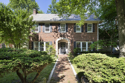 Winnetka Single Family Home For Sale: 340 Woodland Avenue