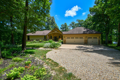 Mackinaw Single Family Home For Sale: 16200 Henderson Lane