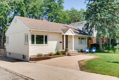 Downers Grove Single Family Home For Sale: 4449 Belmont Road
