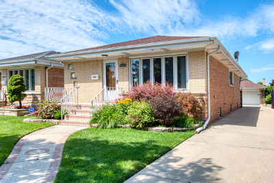 Single Family Home For Sale: 5004 North Denal Street