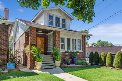 Mayfair Single Family Home For Sale: 4638 North Lowell Avenue
