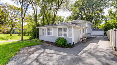 Westmont Single Family Home For Sale: 4008 North Cass Avenue