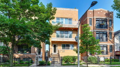 Condo/Townhouse Contingent: 3735 North Clifton Avenue #3