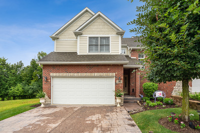Crest Hill Condo/Townhouse For Sale: 2501 Reflections Drive