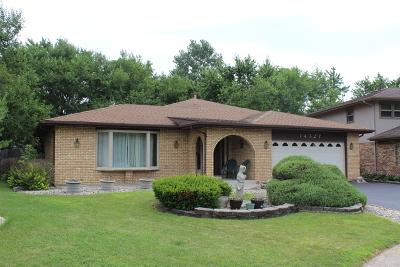 Midlothian IL Single Family Home For Sale: $239,500