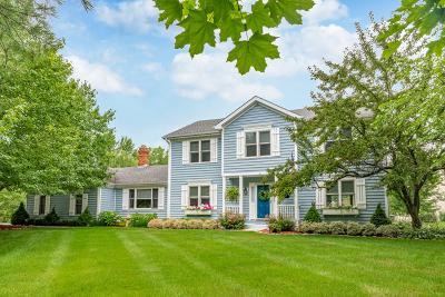 Barrington Single Family Home For Sale: 151 Deer Lane East